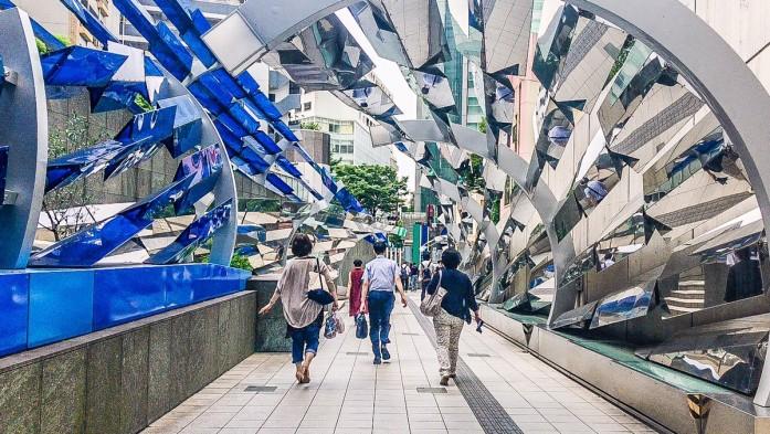 渋谷マークシティの出入口