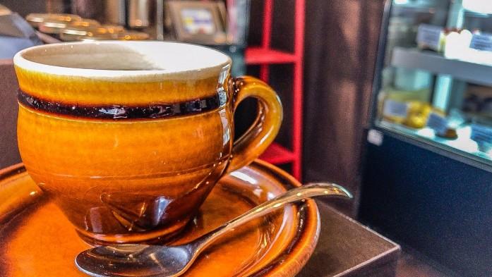 芳香なブレンドコーヒー